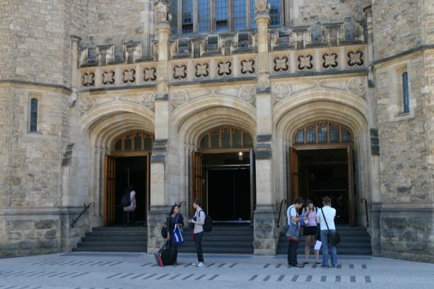 Adelajda. Kiedyś kościół - dziś kampus uniwersytecki.
