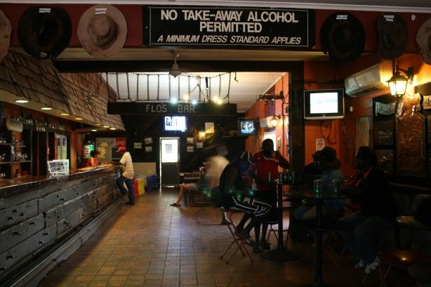 Jeszcze jeden przydrożny bar.