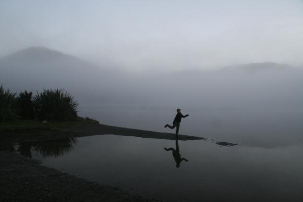6.00 rano, poranek nad jednym z wielu jezior.