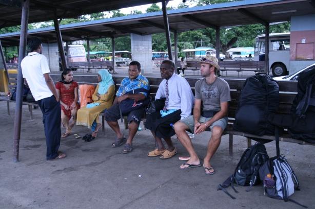 Dworzec autobusowy w Nadi.