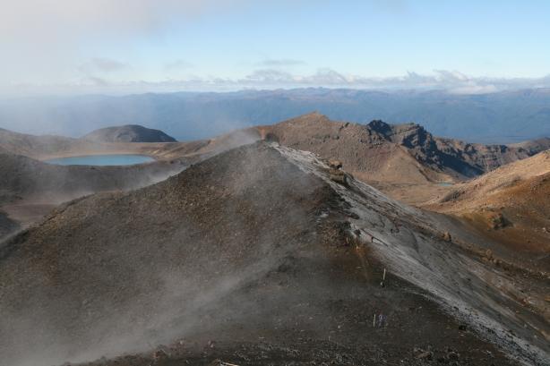 Tongarino Alpine Crossing - mróz i gorące źródła.