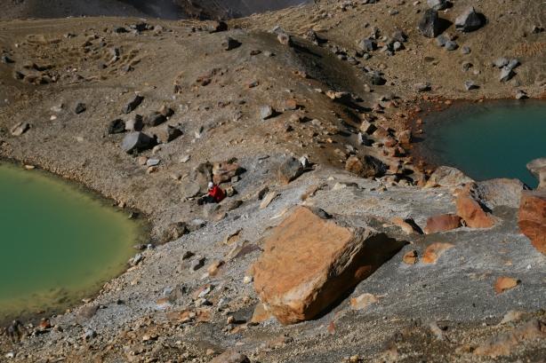 Tongarino Alpine Crossing - jeziora wulkaniczne.