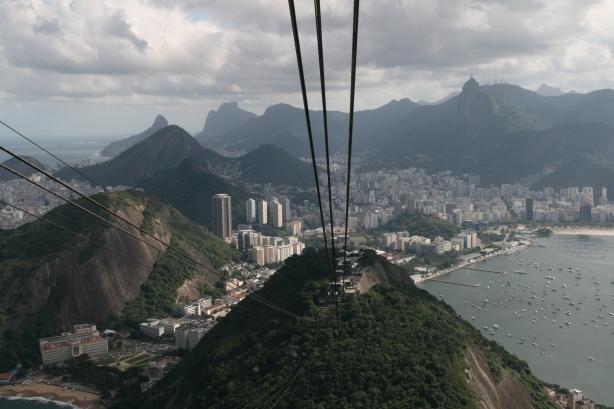 """Dopiero z góry widać, że to naprawdę  """"cidade maravilhosa""""."""